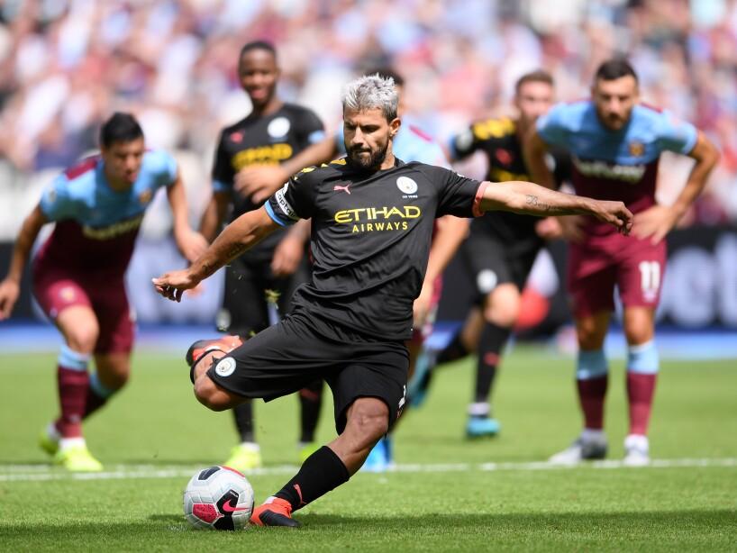 Manchester City venció 5-0 al West Ham con hat-trick de Raheem Sterling. Chicharito jugó 25 minutos con los Hammers.