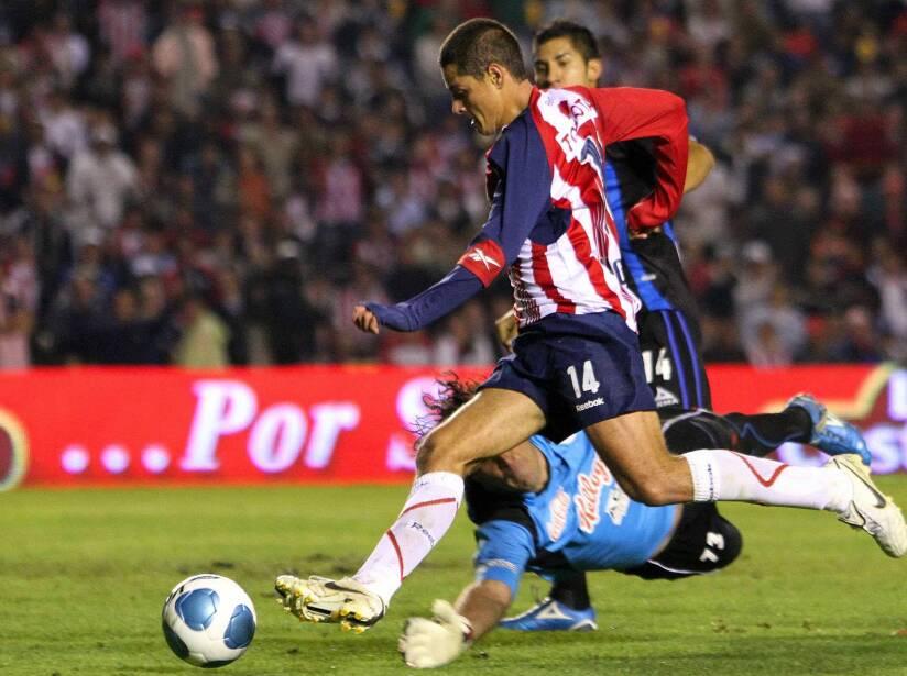 3 Javier hernandez.jpg