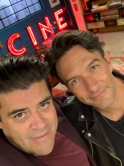 Leonardo de Lozanne será uno de los invitados especiales de las nuevas temporadas de '40 y 20', así lo dio a conocer El Burro van Rankin, protagonista de la serie en sus redes sociales.