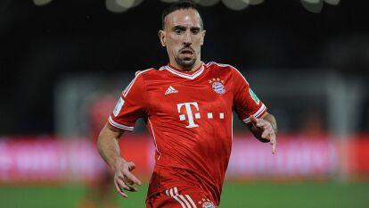 A los dos años, Ribéry sufrió un aparatoso accidente de auto que lo dejó marcado con un cicatriz de por vida. Fueron necesarios 100 puntos para cerrar las heridas.