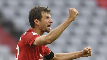 Bayern Munich continúa su dominio en la Bundesliga | Frankfurt cayó 5-2 ante el poderoso cuadro de Hans-Dieter Flick en el Allianz Arena.