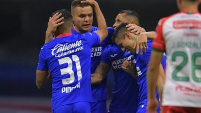 Cruz Azul pasó por encima del Necaxa en el Guard1anes 2020 | De la mano de 'Cabecita', 'Cata' y Escobar, los celestes llegaron a la cima de la tabla general.