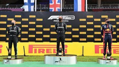 Hamilton, Bottas y Verstappen al podio de Estiria | Sergio Pérez concluyó en la sexta posición de la segunda carrera en la temporada.