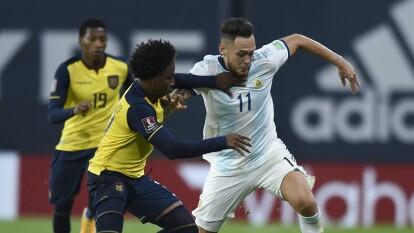Lionel Messi anota de penal al minuto 13, Argentina aguanta el resultado y se queda con los tres puntos.