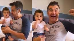 Adrián Uribe presume muy orgulloso la primera palabra de su bebé: 'papá'