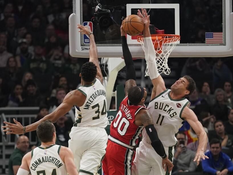 Trail Blazers Bucks Basketball