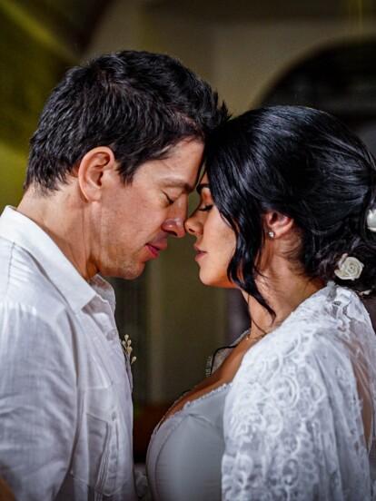 """En el primer capítulo de """"La Desalmada"""", 'Fernanda' cumplía uno de sus sueños más anhelados: ¡casarse por la iglesia con 'Santiago', el gran amor de su vida!"""