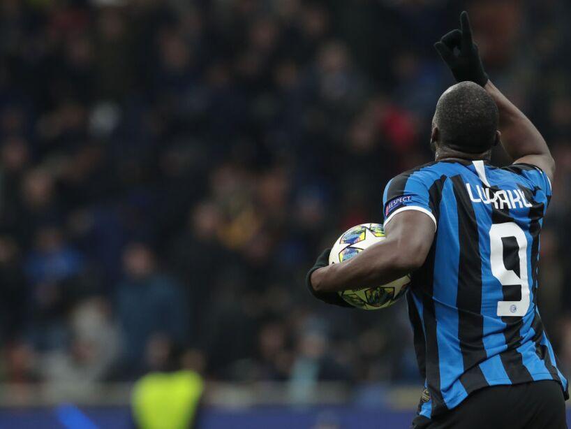 FC Internazionale v FC Barcelona: Group F - UEFA Champions League