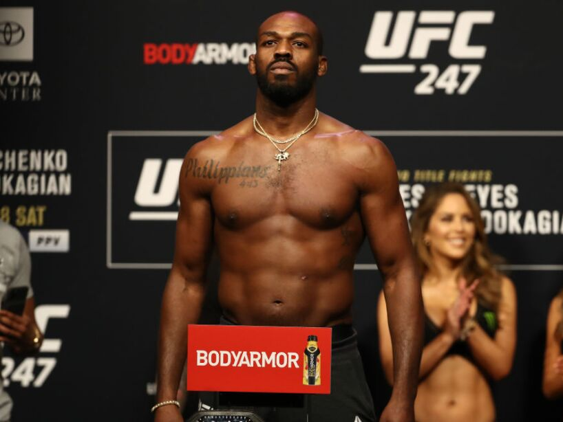 UFC 247 Jones v Reyes: Weigh-Ins