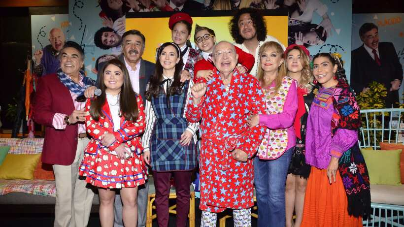 Resultado de imagen para una familia de 10 tercera temporada