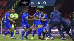 Cruz Azul saca ventaja de 4-0 sobre Pumas en la semifinal