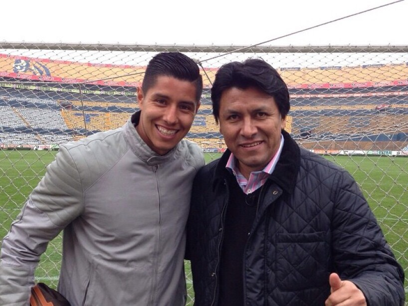 8 Claudio Suárez.jpg