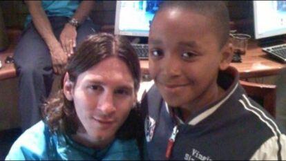 El goleador del PSV, Steven Bergwijn idolatraba a Lionel Messi de pequeño.