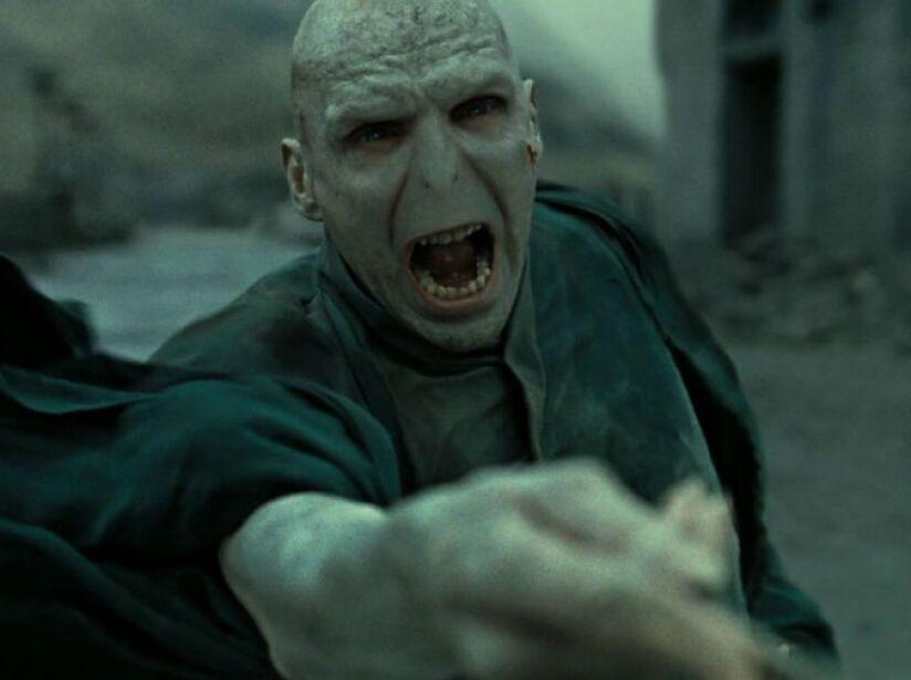 3. Lord Voldemort: El mago tenebroso más poderoso de todos los tiempos y rival de Harry Potter.