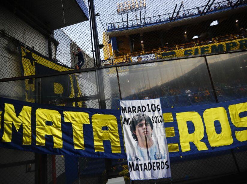 Boca Juniors v Gimnasia y Esgrima La Plata - Superliga 2019/20