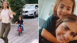 Michelle Renaud presume orgullosa un logro más de su hijo; ya sabe andar en bicicleta y ¡sin rueditas!