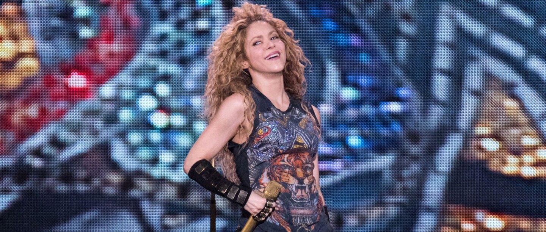 Shakira olvida la letra de una de sus emblemáticas canciones en pleno concierto