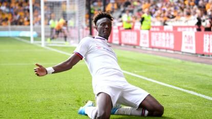 Chelsea venció 5-2 a Wolverhampton con hat-trick de Tammy Abraham, que se colocó como líder goleador con 7 tantos. Raúl Jiménez jugó 70' pero no anotó gol.