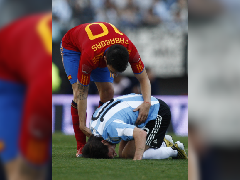 Messi y Fábregas, 4.png