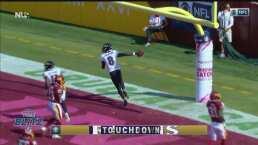 ¡Es un escapista! Lamar Jackson corre para un touchdown de 50 yardas