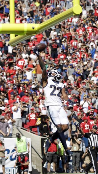APTOPIX 49ers Rams Football