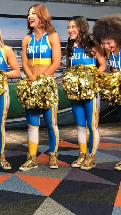 Chargers Cheerleaders 13.jpeg