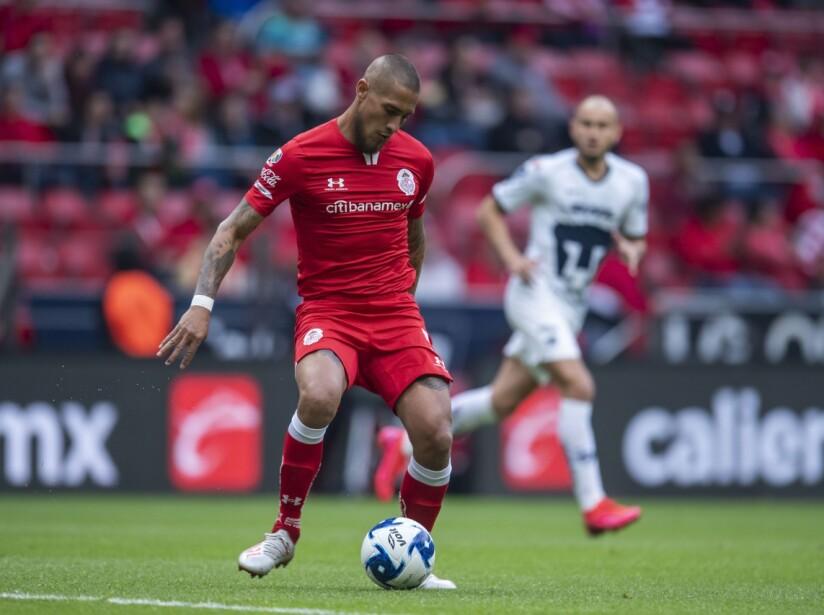 Toluca vs Pumas 3.jpg