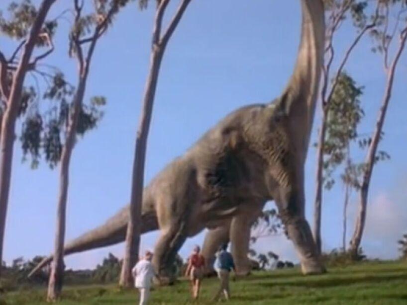 Brachiosaurus (Jurassic Park 1): vivió a finales del período Jurásico, aproximadamente 152 y 145 millones de años.