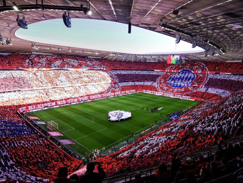 Bayern Munich vs Augsburg.jpg