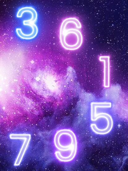 Sigue estas sumas para conocer tu número personal en 2020, el cual es de un dígito. Primero suma tu día de nacimiento + mes de nacimiento + 4 (que es la suma de 2020), horizontalmente. Ej: si naciste el 22 de mayo: 2+2 (día)+0+5 (mes)+ 4 (que corresponde a la suma de 2+0+2+0) = 13. Si el resultado de la suma es una cifra de dos dígitos, desglózalos hasta tener un solo dígito. Ejemplo, si tu número final es 13, la suma deberá ser 1+3= 4. Entonces 4 será tu número personal.