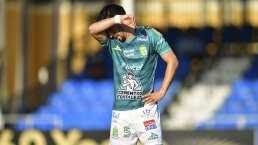 Fernando Navarro está en riesgo de perderse la Liguilla