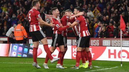El Manchester United le remontó dos goles al Sheffield, pero los locales empataron 3-3 en el último minuto del partido.
