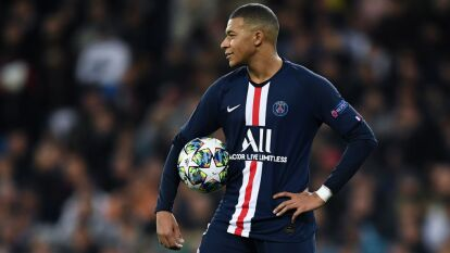 Kylian Mbappé, del Paris Saint Germain está valuado en 346.21 millones de dólares.