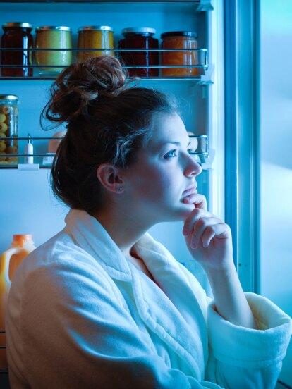 ¿Sabías que por la noche el cuerpo humano puede quemar calorías y perder peso?