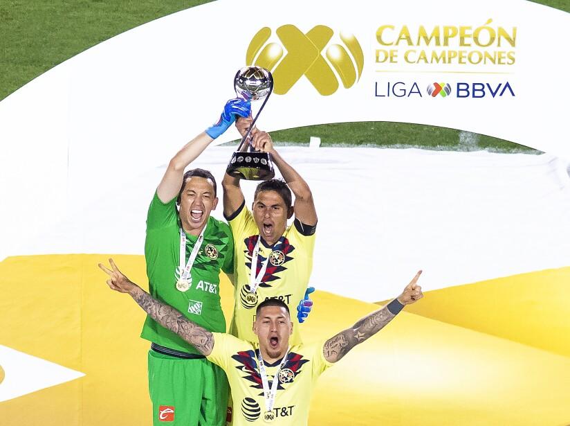 El título más reciente de Marchesín fue el de Campeón de Campeones, apenas en el verano del 2019. La víctima: Tigres.