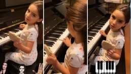 Aitana Derbez hereda el talento musical de la familia y demuestra que ya toca el piano