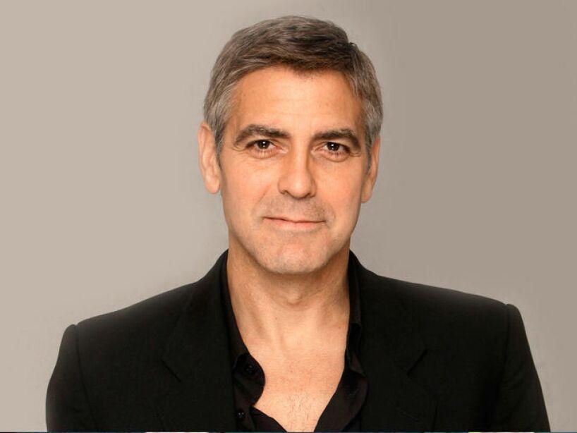 12. George Clooney: Circuló en redes sociales que el avión donde viajaba el actor había desaparecido, cuando sobrevolaba el estado de Colorado.