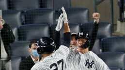 Los Yankees apalean en duelo de mexicanos