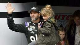 Piloto de NASCAR contempla dar clases de primaria por la pandemia