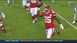 Paren la paliza: McCoy anota el cuarto TD de los Chiefs