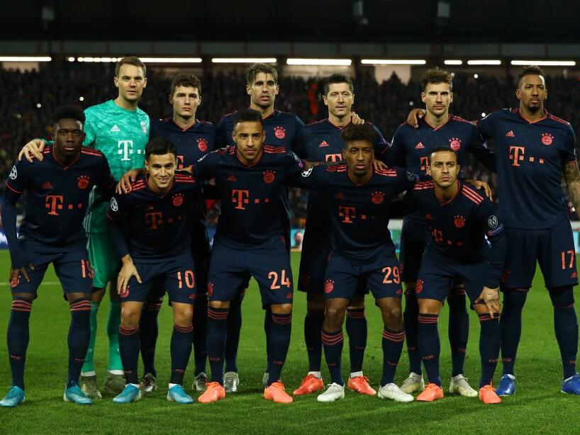 Crvena Zvezda v Bayern Muenchen: Group B - UEFA Champions League