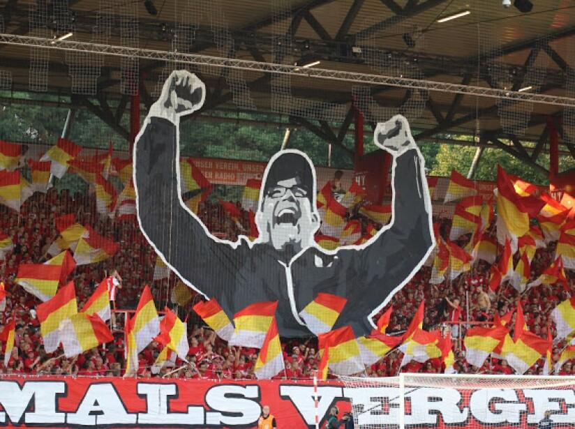 Union Berlin vs Borussia Dortmund septiembre 2019.jpg