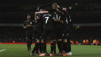 El Manchester City se pasea en el Emirates y destroza al Arsenal 0-3 con doblete de De Bruyne y gol de Sterling.