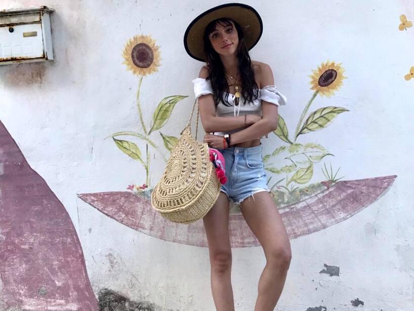 Natalia Téllez en la playa