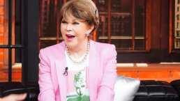 ¿Cuántas rosas utilizó Lolita Ayala en su noticiero?