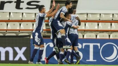 Con goles de Víctor Dávila, Óscar Murillo, Felipe Pardo y Víctor Guzmán, Pachuca logra impinerse 4-3 a Mazatlán en un entretenido encuentro.