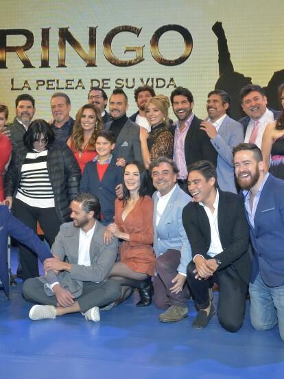 """El elenco de """"Ringo"""" se reunió en Televisa San Ángel para presentar ante la prensa la telenovela, que se estrena este lunes a las 6:30 pm por Las Estrellas."""