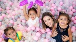 Duelo de voces; hijas de Jacky Bracamontes protagonizan noche de karaoke