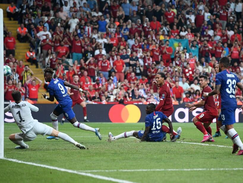 Liverpool venció 5-4 en la tanda de penales al Chelsea tras el empate 2-2 en los 120 minutos.
