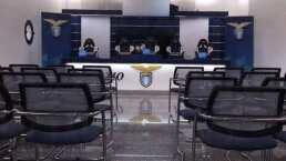 COVID-19 golpea a la Lazio y los manda a cuarentena